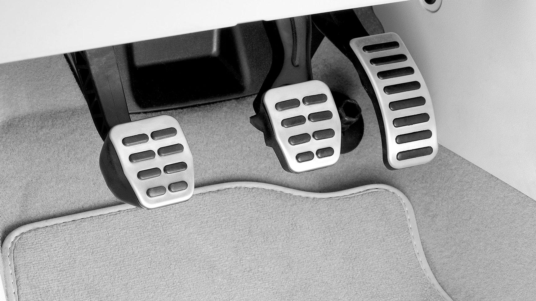 Pedales deportivos para Polo de Volkswagen originales y nuevos.