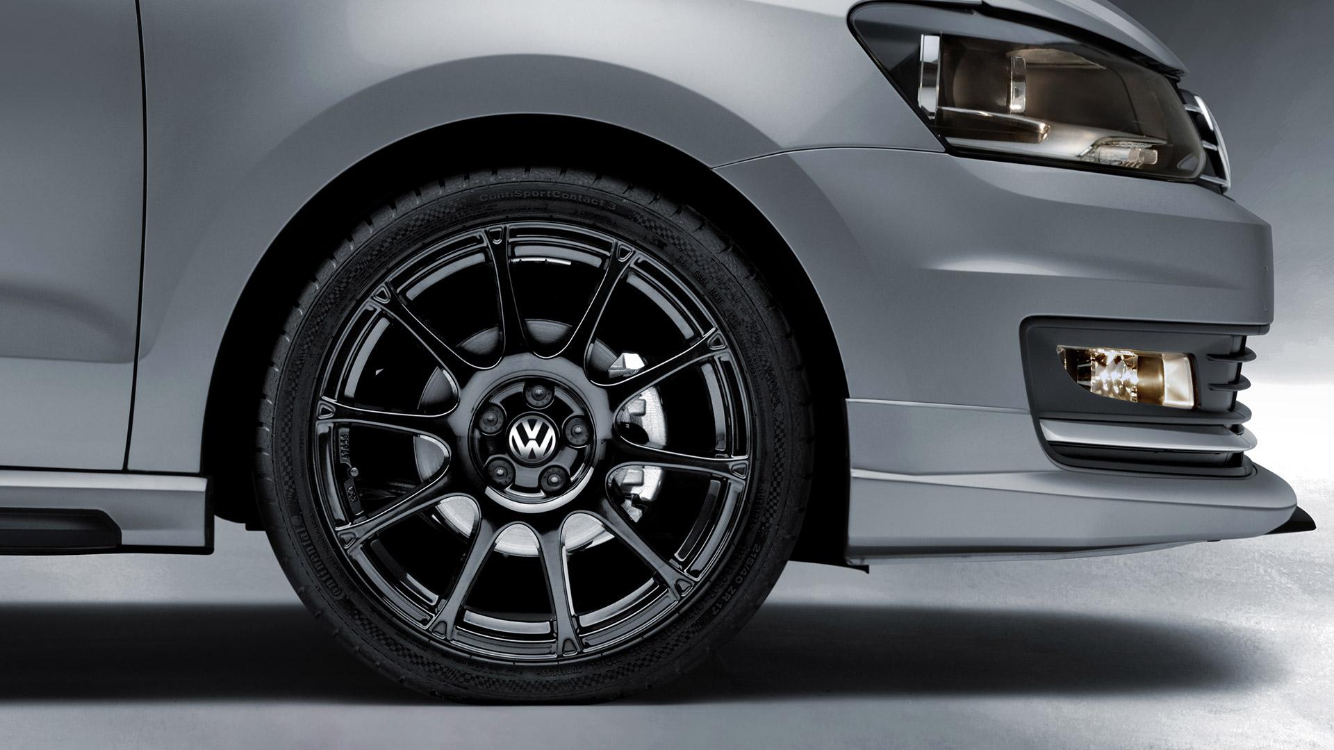 """Rines deportivos de 17"""" Motorsport color negro para Volkswagen Vento."""